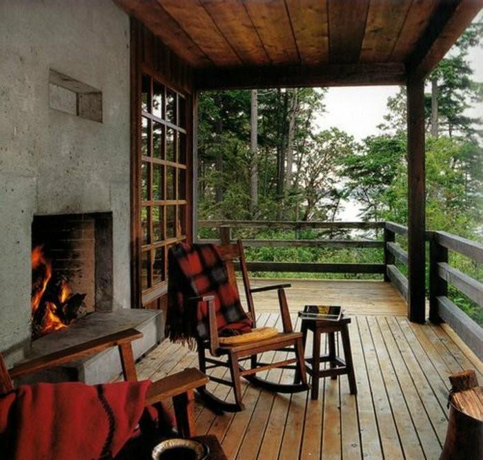 Mein-schöner-garten-balkon-mit-feuerstell
