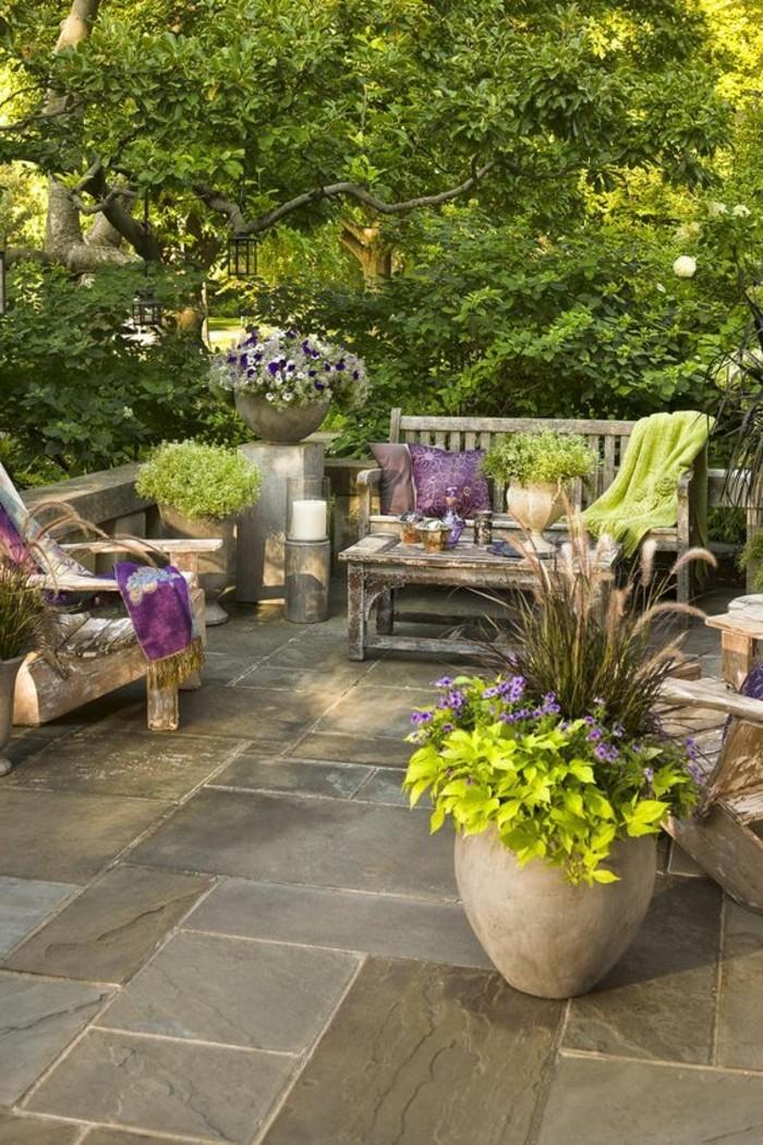 Schmale Lange Terrasse Gestalten : Sitzecke Garten und Balkon mit rustikalen lounge Möbeln aus Holz