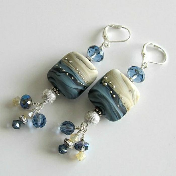 Ohrringe-blau-weiss-modelle