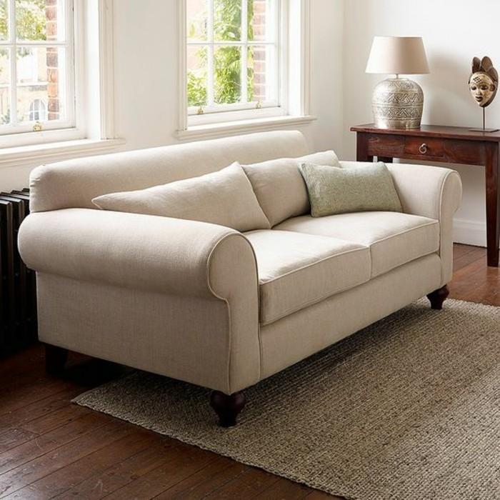 bequeme-weiße-Couch-zum-Wohnzimmer