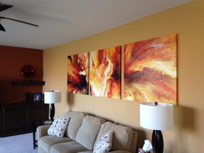 abstrakte-Leinwandbilder-in-warmen-Nuancen