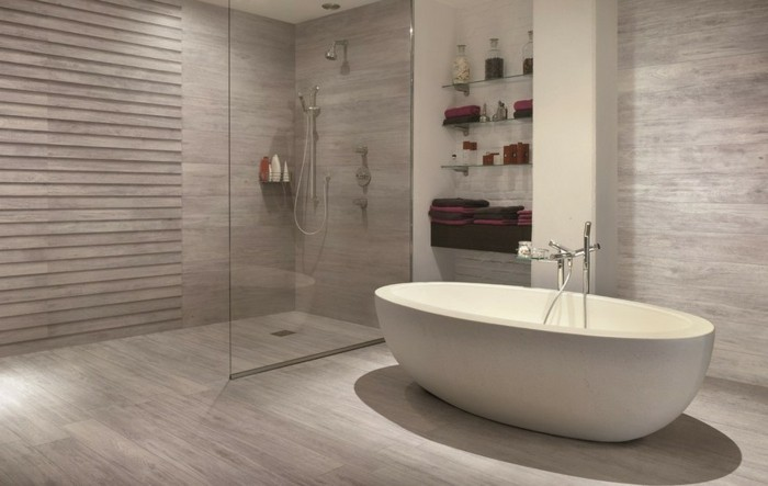Bodenfliesen in holzoptik f r ein tolles bad for Joint carrelage salle de bain leroy merlin