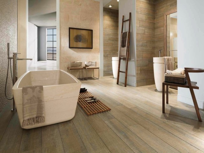 badezimmer-bodenfliesen-holzoptik-beige-farbe-gemütliches-ambiente