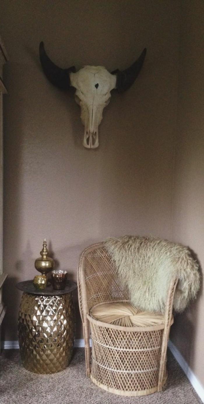 bequemer-Rattanstuhl-für-eine-Boho-Gestaltung