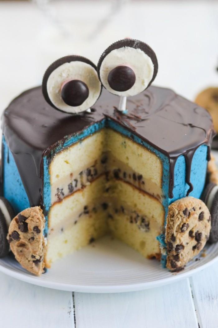 cooler-Kuchen-für-Kindergeburtstag-mit-Cookies