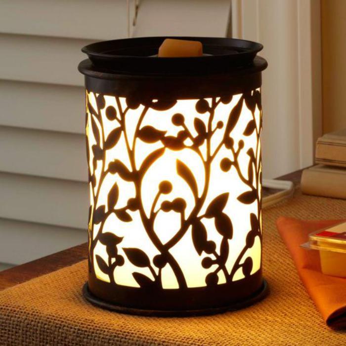 dekorativer-Ständer-für-Aroma-Kerzen