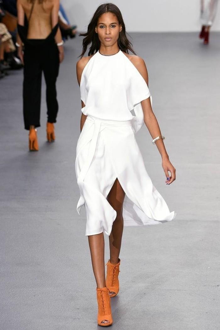 effektvolle-tolle-kleider-in-weiß-lange-braune-haare