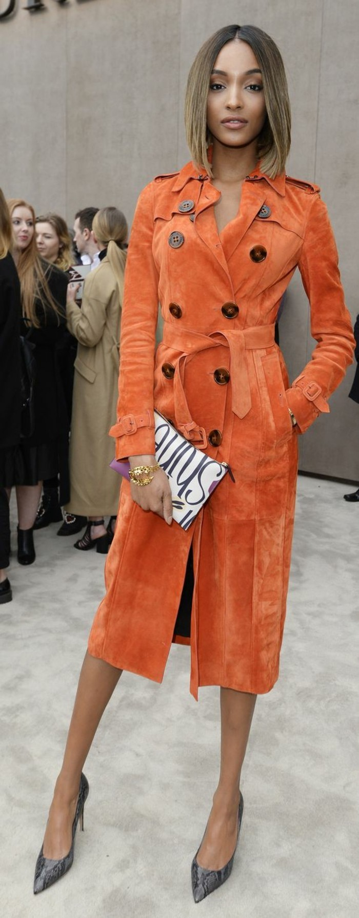 effektvoller-orange-Mantel-von-Burberry