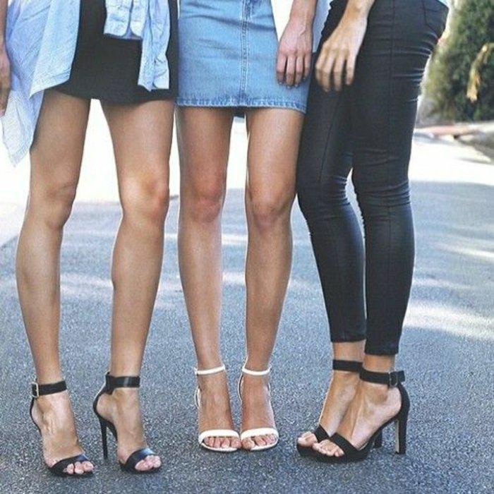 elegante-Sandalen-mit-Absatz-in-Schwarz-und-Weiß-klassische-Modelle