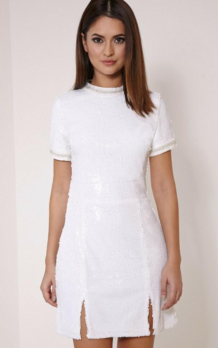 elegante-und-geschmackvolle-tolle-kleider-in-weiß