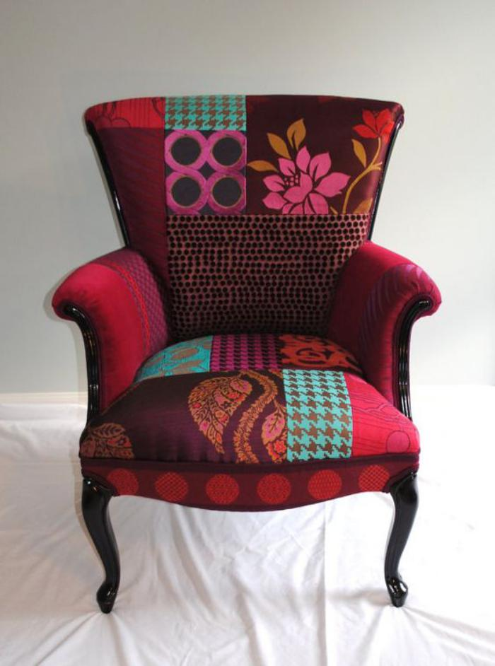 eleganter-Sessel-mit-Patchwork-Muster