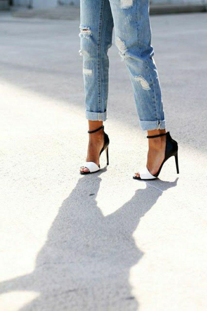 elegantes-schwarz-weißes-Modell-Damen-Sandalen