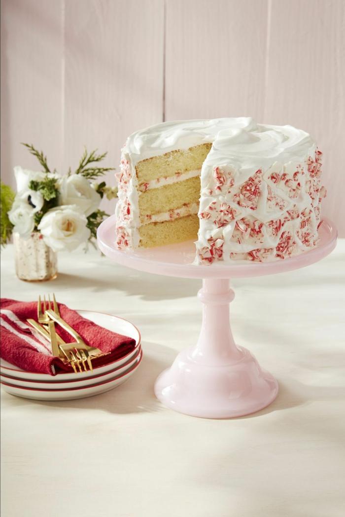 erwachsene einfacher geburtstagskuchen mit pinker dekoration torte zum geburtstag selber machen