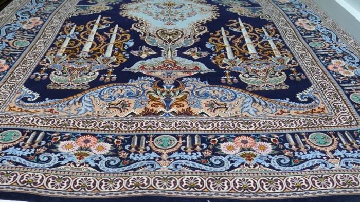 exklusive-teppiche-in-blauer-Farbe