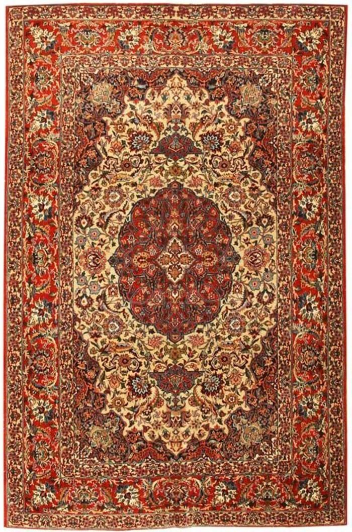 exklusive-teppiche-in-roter-farbe