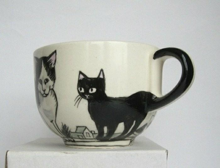 fantastischer-handbemalter-Mug-mit-Katzen-Zeichnungen