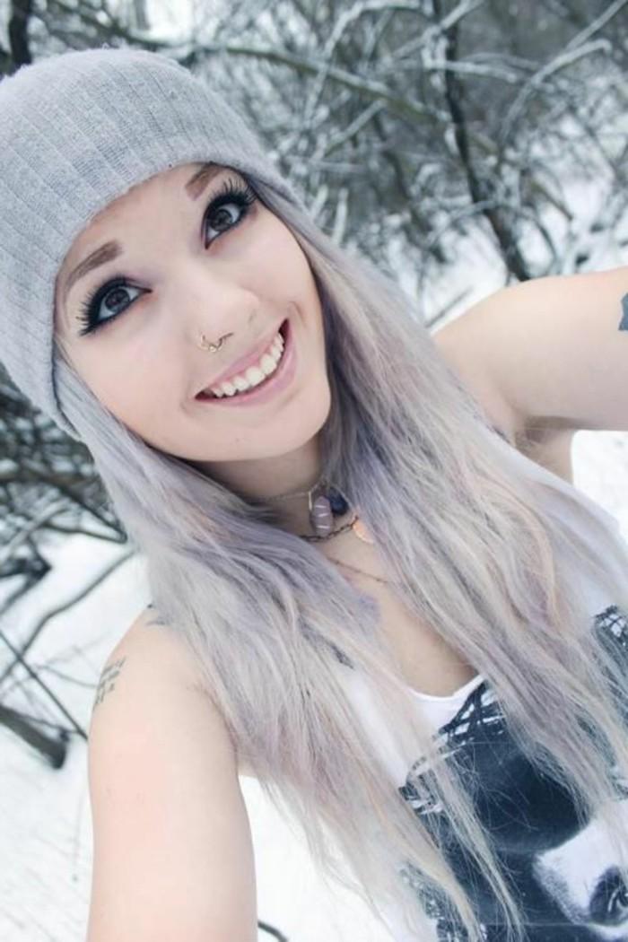 fast-wie-weiß-aussehen-kühle-haarfarben-süßes-mädchen
