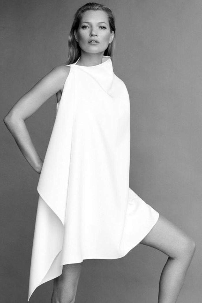 foto-in-weiß-und-schwarz-modernes-weißes-kleid