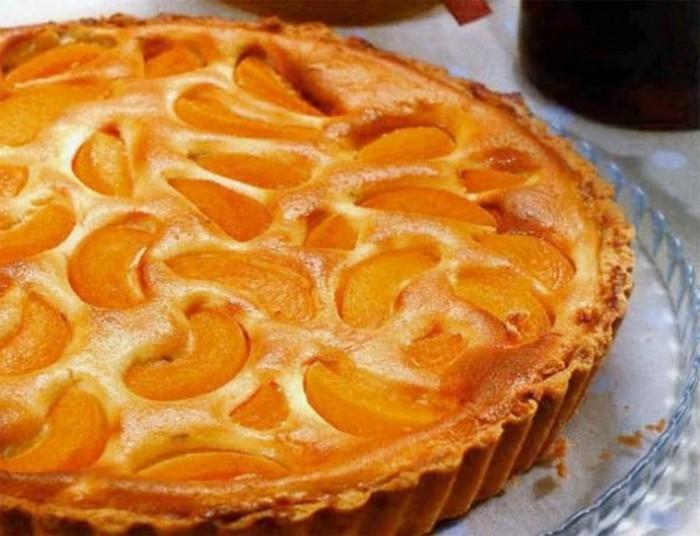 fruchtige-torten-mit-mandarinen-und-oranger-creme