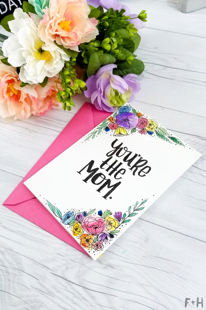 geburtstagskarte selbst gestalten, blumenstaruß mit frischen blumen, karte mit floralen motiven