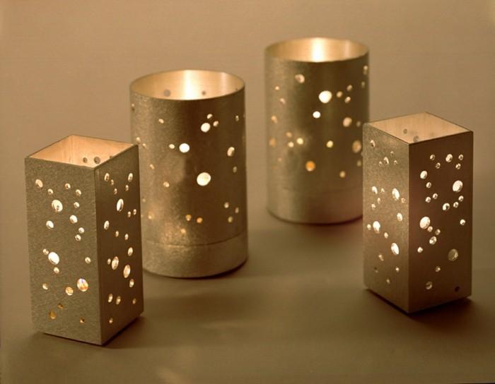 goldene-besondere-Kerzen-mit-Lochen