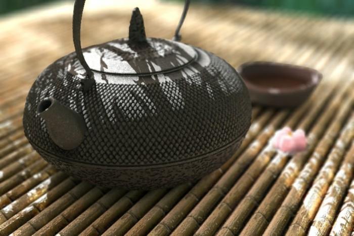 grüner-tee-japanische-teekanne-auf-bambus