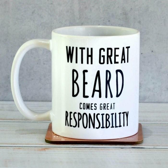 große-Kaffeetassen-mit-interessantem-Spruch