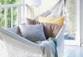 Hängematte auf dem Balkon – Urlaub zu Hause!