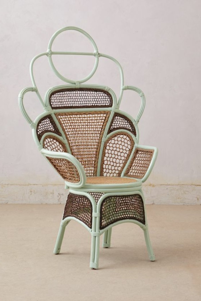 handgemachter-Sessel-mit-einzigartigem-Design
