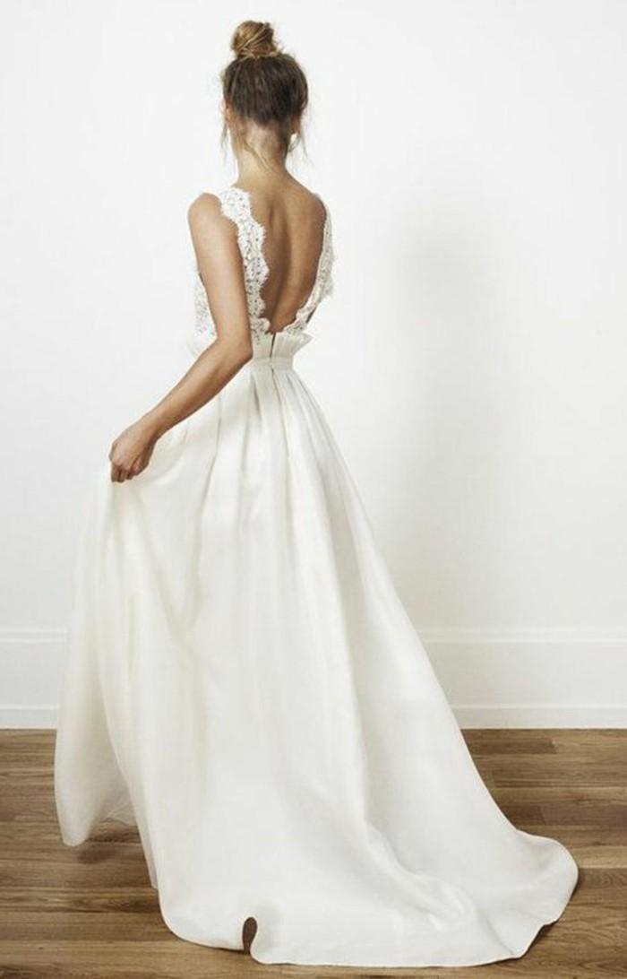 herrliches-model-weißes-kleid-weißes-kleid-mit-spitzen-ideal-für-hohzeit