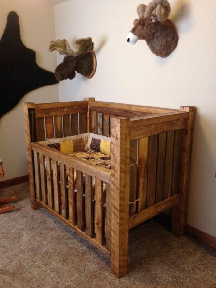 interessante-hölzerne-babybetten-rustikales-design