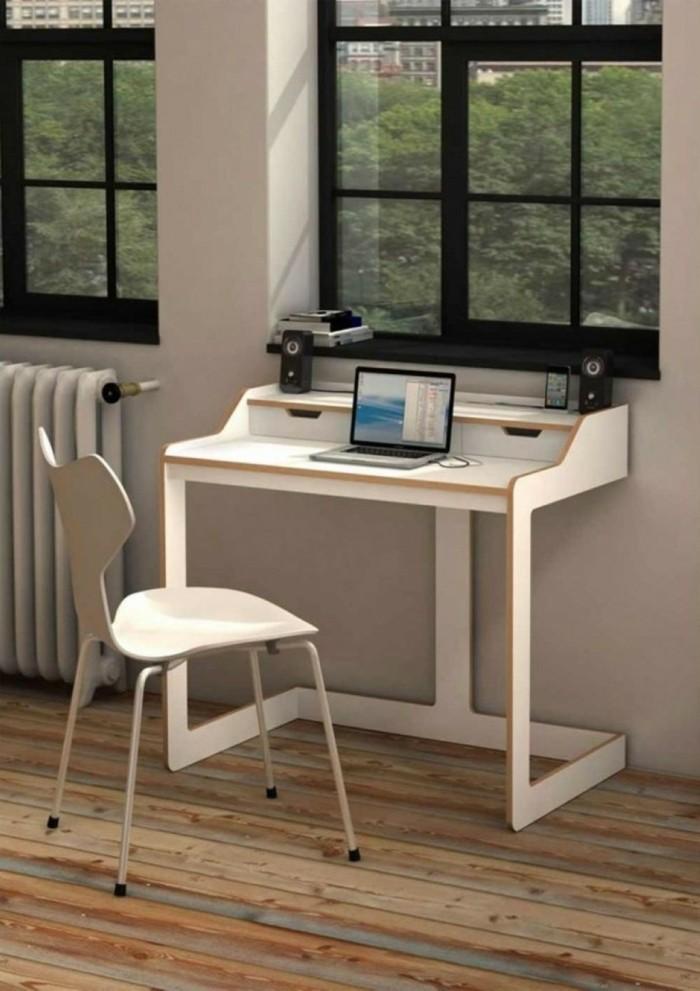 kleiner-büroschreibtisch-mit-einem-einzigartigen-design