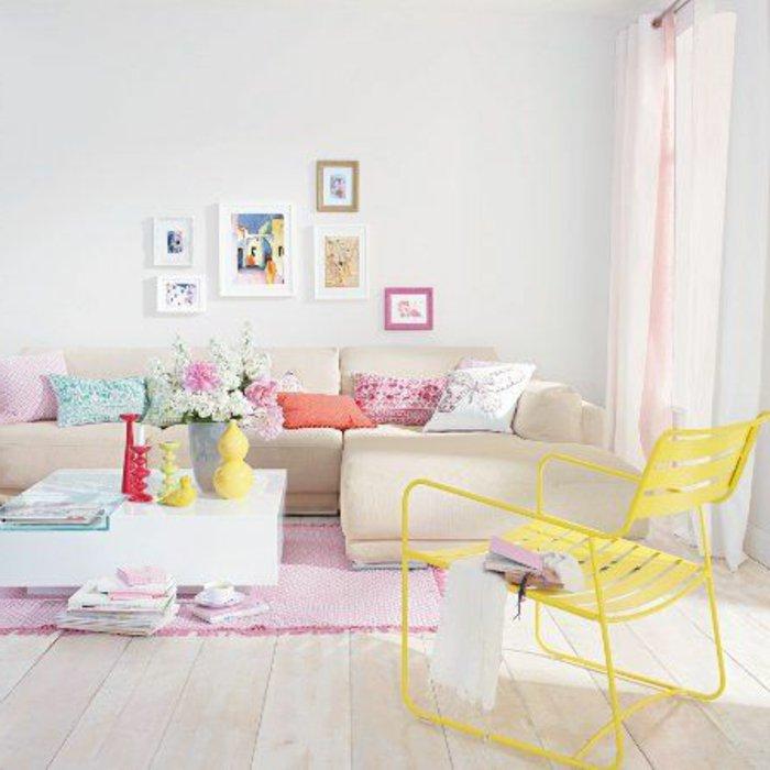 kleines-Wohnzimmer-einrichten-farbige-Akzente-verwenden
