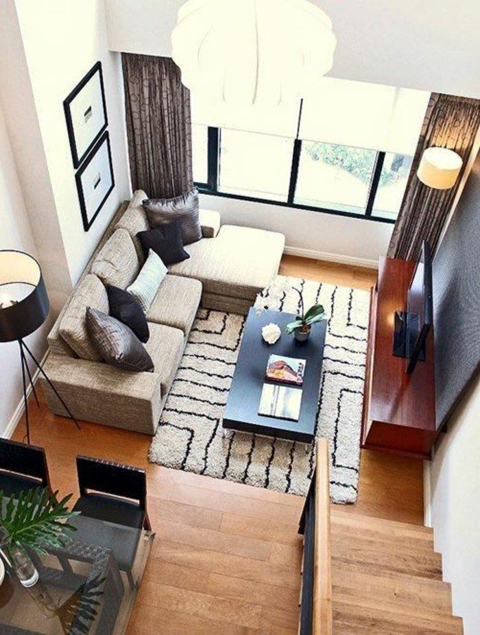 kleines-Wohnzimmer-praktisch-und-minimalistisch-eingerichtet