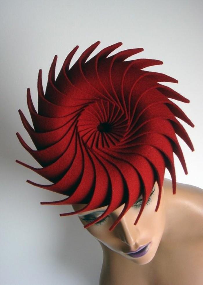 koketter-Hut-mit-Spirale-Design