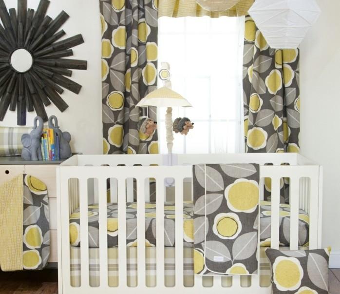 kreative-babyzimmer-gestaltung-moderne-weiße-babybetten