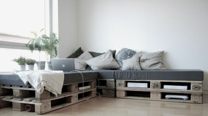50 coole modelle sofa aus europaletten. Black Bedroom Furniture Sets. Home Design Ideas