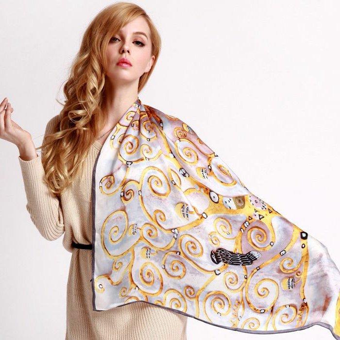 lange-Designer-Schals-aus-Seide