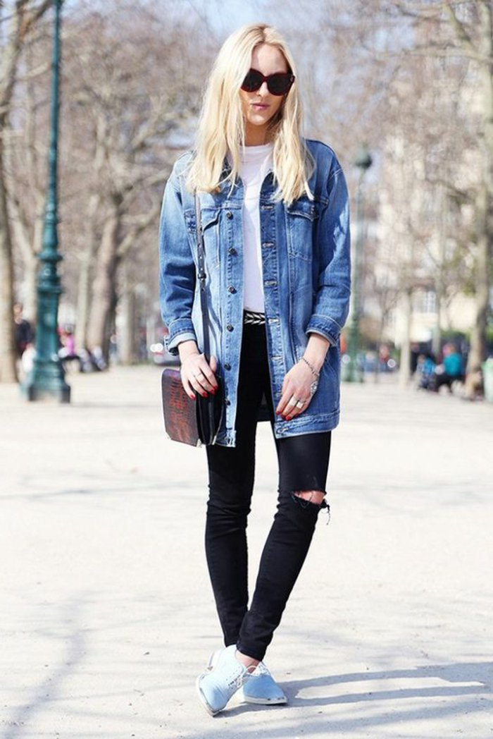 lange-retro-Denim-Jacke-schwarze-slim-Jeans