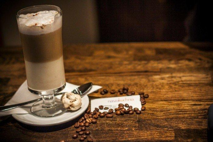 leckere-Idee-für-die-Freizeit-Kaffee-Macchiato-selber-zubereiten