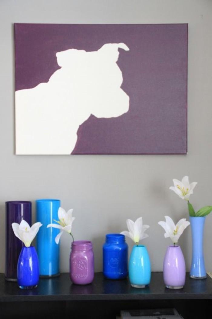 lila-Bild-auf-Leinwand-weiße-Hund-Silhouette