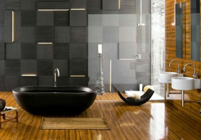 moderne-fliesen-im-bad-holzoptik-schwarze-freistehende-badewanne