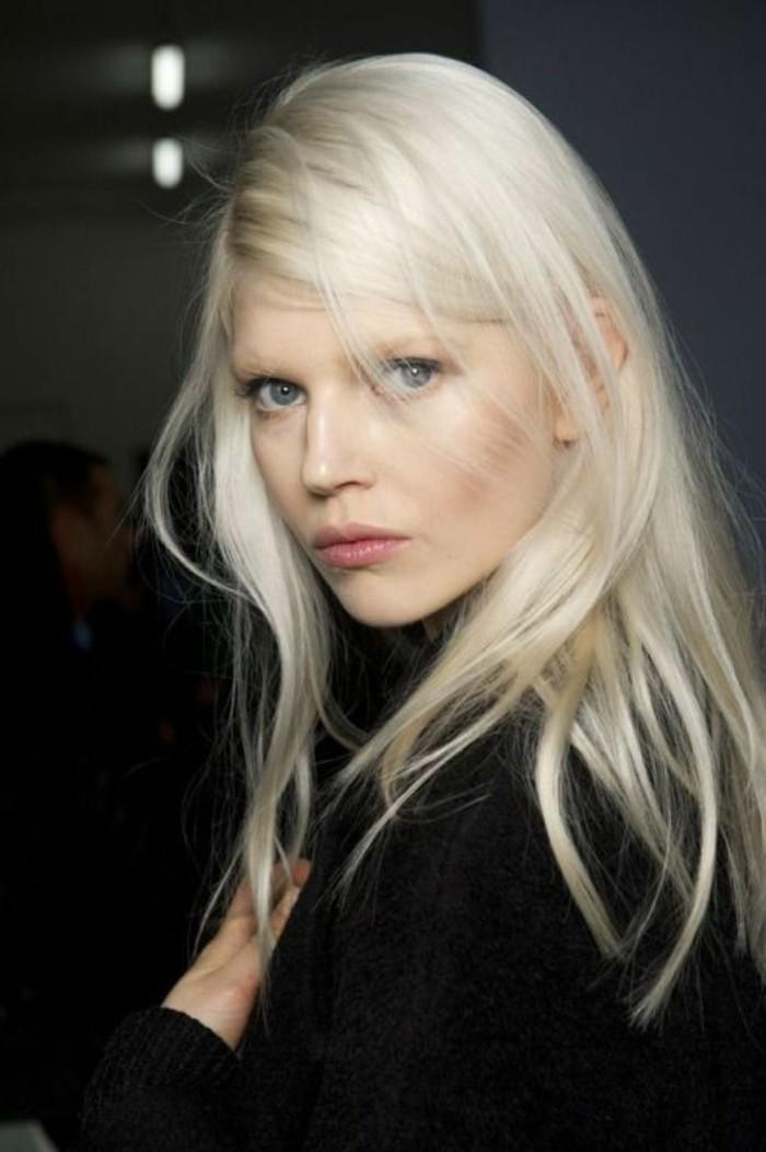 moderne-schöne-haarfarbe-hell-blond-kühle-haarfarben