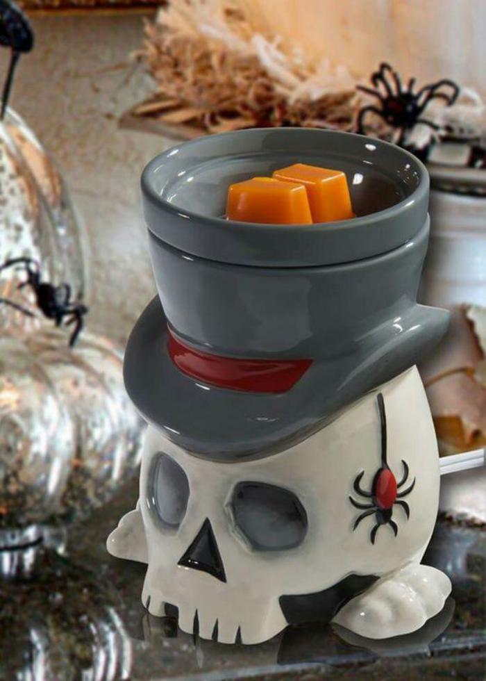originelle-Idee-für-Kerzenhalter-aus-Porzellan