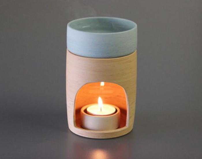 originelles-Modell-Teelichthalter-in-zwei-Farben