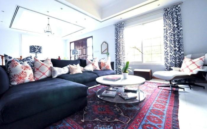 perserteppich-zu-blauem-sofa-passend
