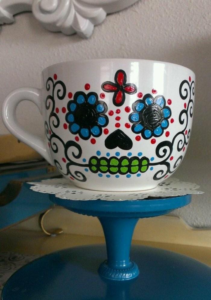 personalisierter-Mug-mit-handbemalter-Dekoration