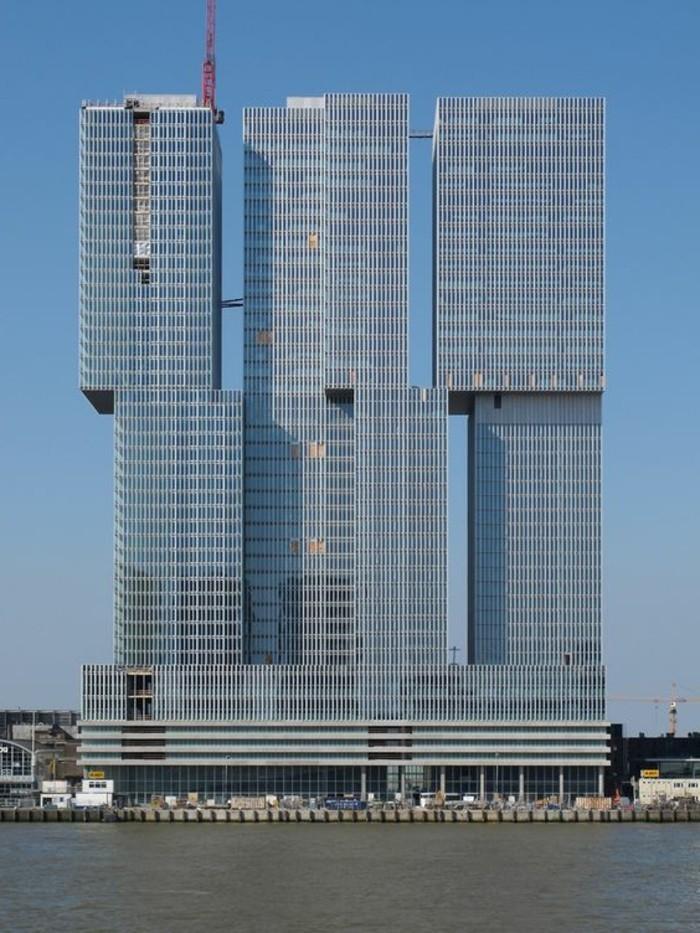 postmoderne-architektur-drei-nicht-konvetionelle-wolkenkratzer