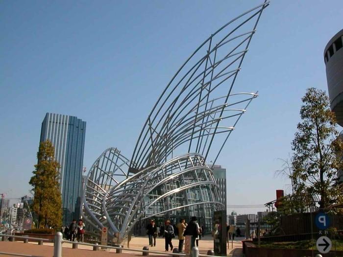postmoderne-kunst-in-der-architektur-wie-Flügel