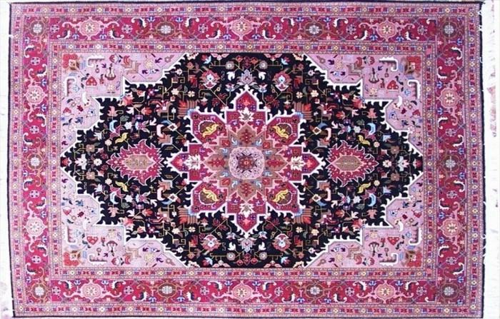 rosa-persischer-teppich-sehr-modern